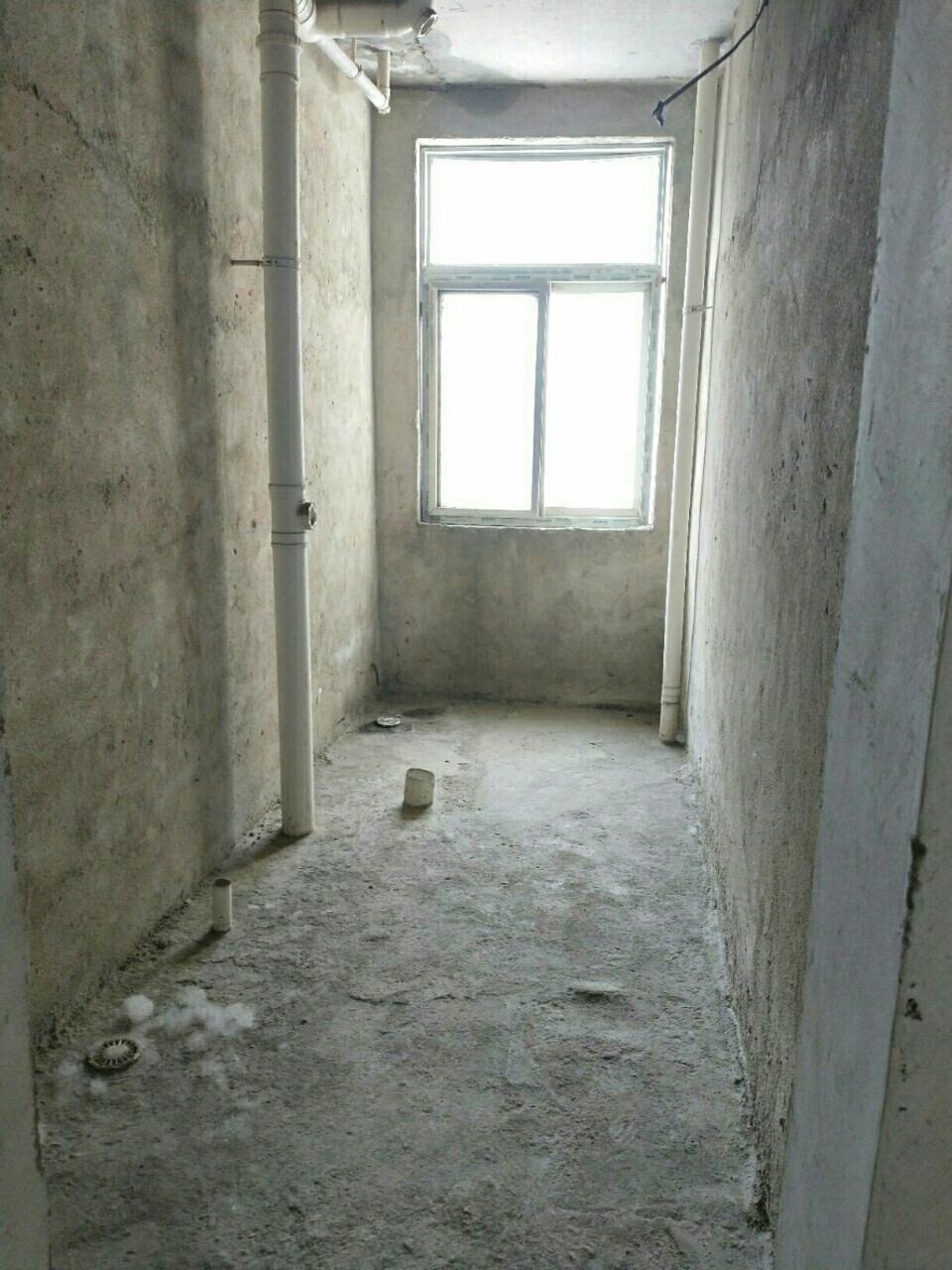 盐业小区3室1厅1卫30万元包改合同