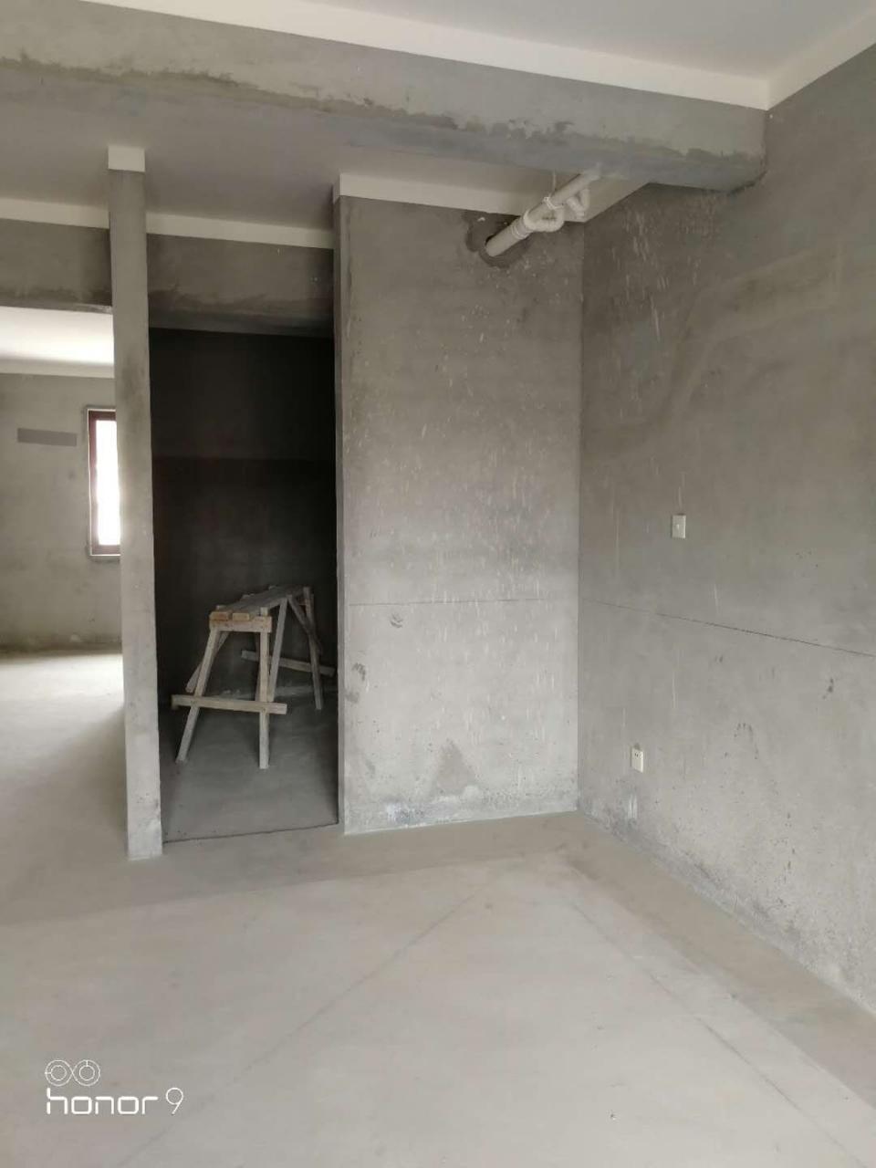 水岸康城112平方3室2厅1卫150万元
