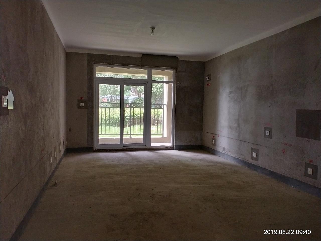 建業壹號城邦3室2廳2衛72萬元