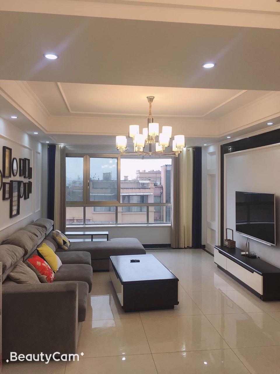 富顺西城国际二期3室2厅2卫95.8万元
