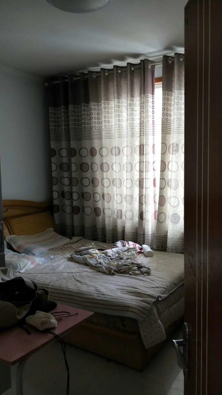 祥泰苑4室2廳2衛75萬元