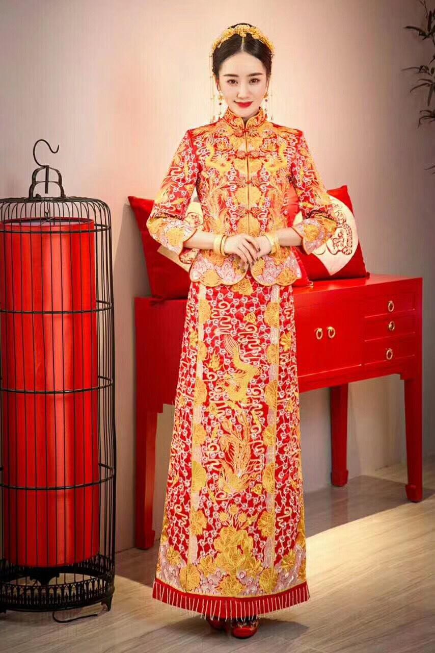 薇拉婚纱礼服造型工作室