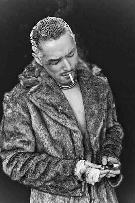 大叔爱抽烟