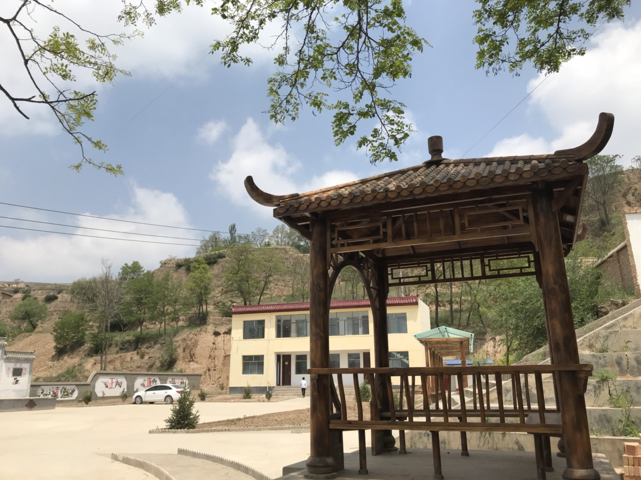 【文化惠民】马关镇八杜村综合文化服务中心风�