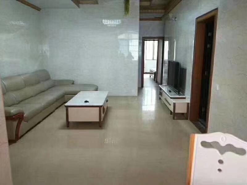 一清路套房3室 2厅 1卫66万元