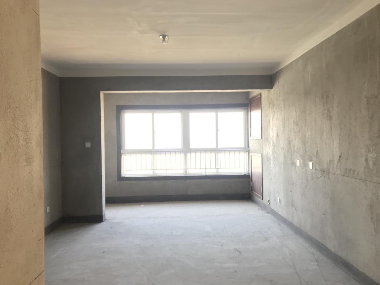 鹭岛荣府3室 2厅 1卫115万元