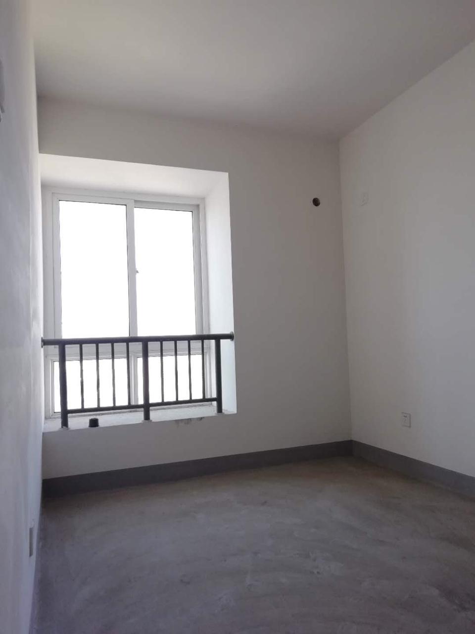 桥西苑(桥西苑)3室 2厅 1卫146万元