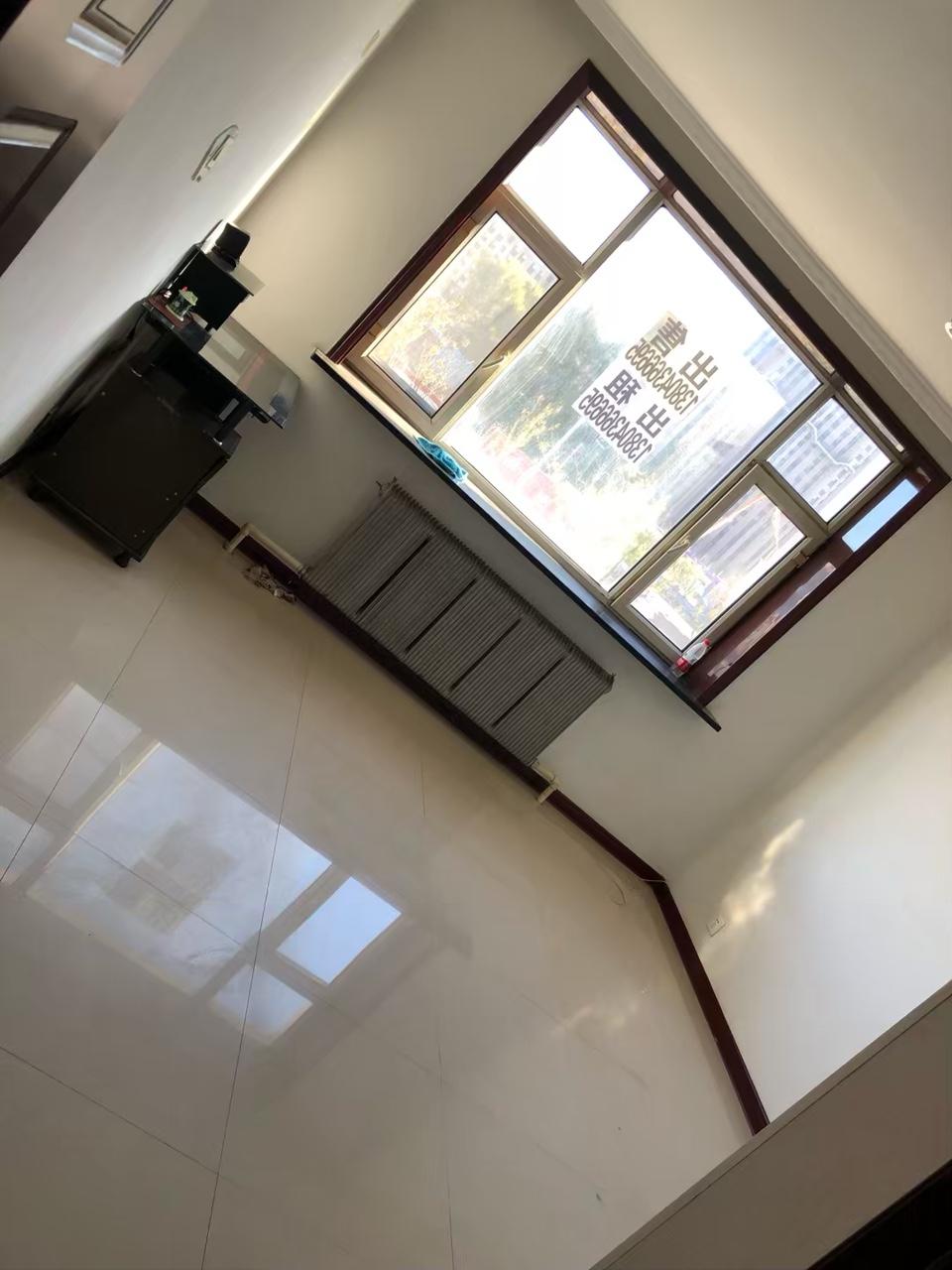 橄榄小区2室 1厅 1卫8000元/月