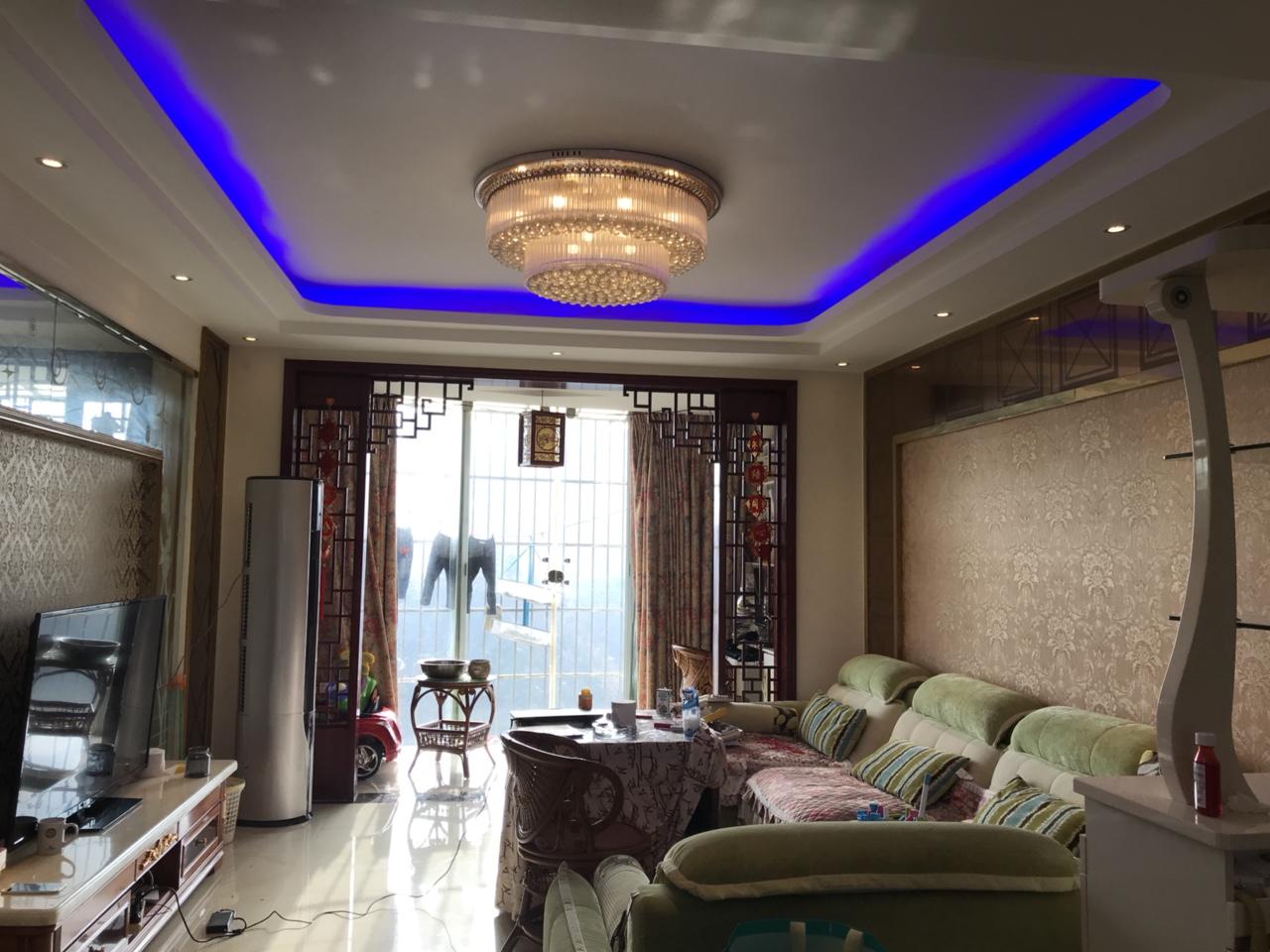 龙腾锦城3室 2厅 2卫87万元