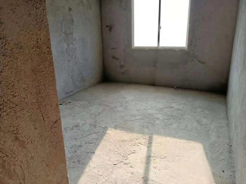 铂金尊城4室 2厅 2卫75.9万元