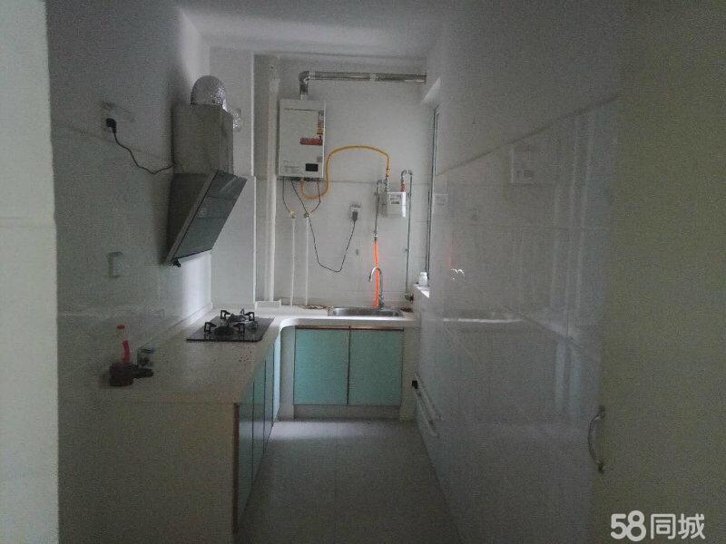 龙祥小区3室 2厅 1卫45万元