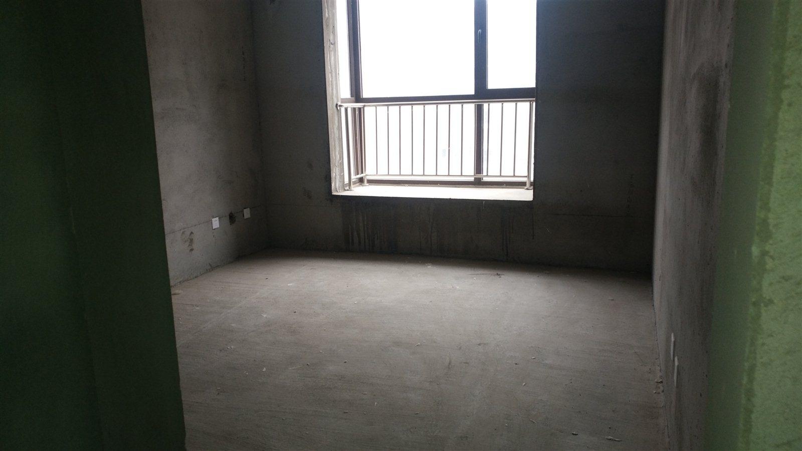 保利嘉园3室 1厅 1卫50万元