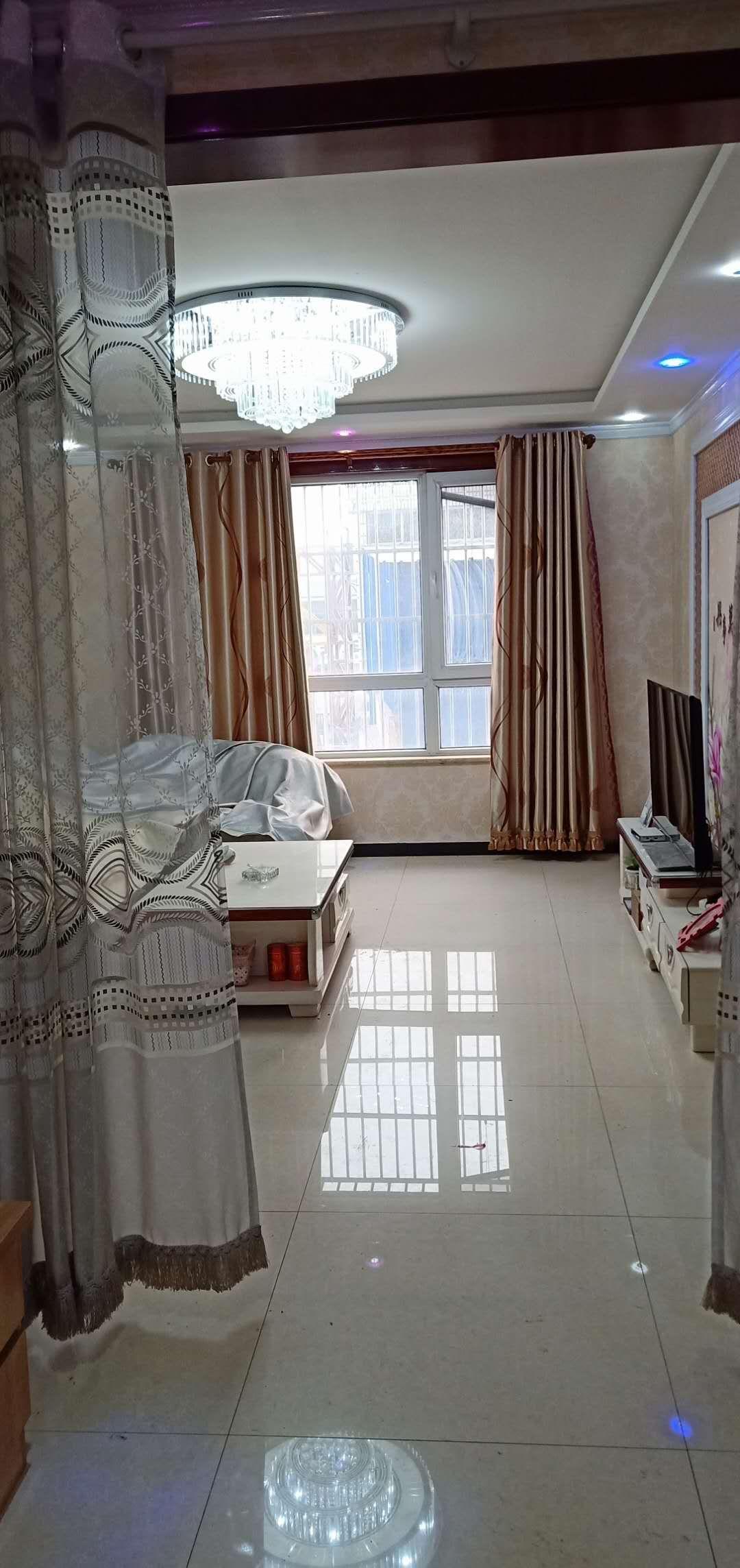 怡园2室 2厅 精装修婚房,先到先得,即买即住首付