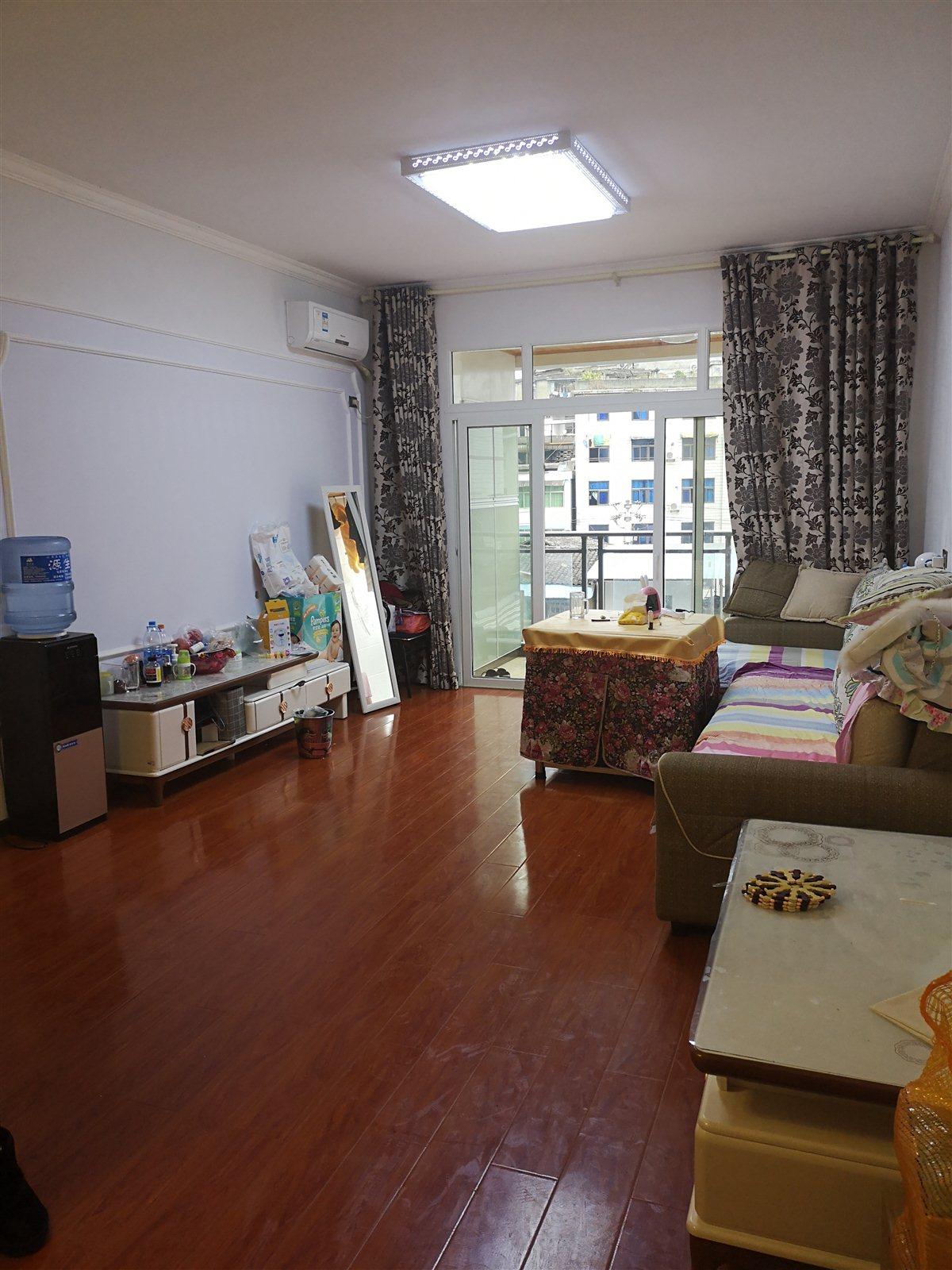 澎湖花园2室 2厅 1卫卖价56.8万元