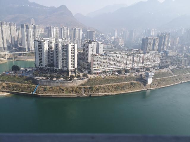 香江国际港湾3室 2厅 2卫售价66万元
