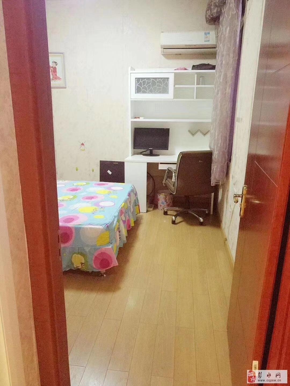 乌江明珠花园精装大2室 可2改3