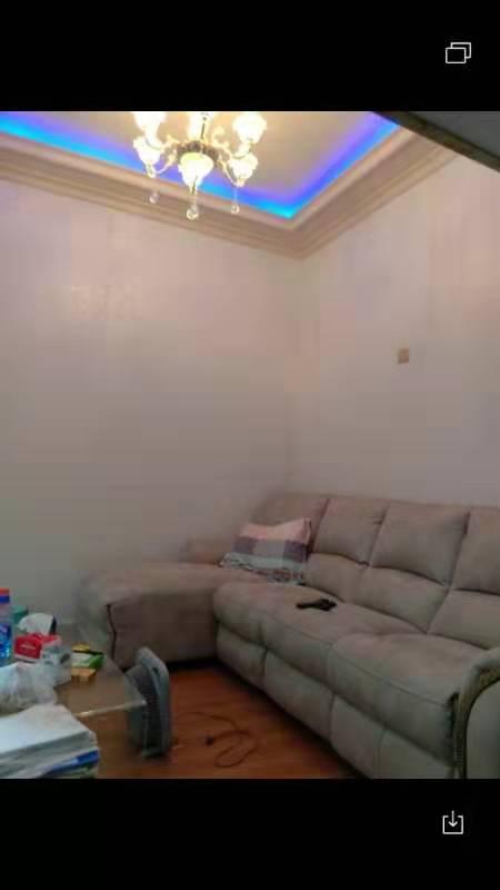 万汇龙公寓包过户24万元中装修