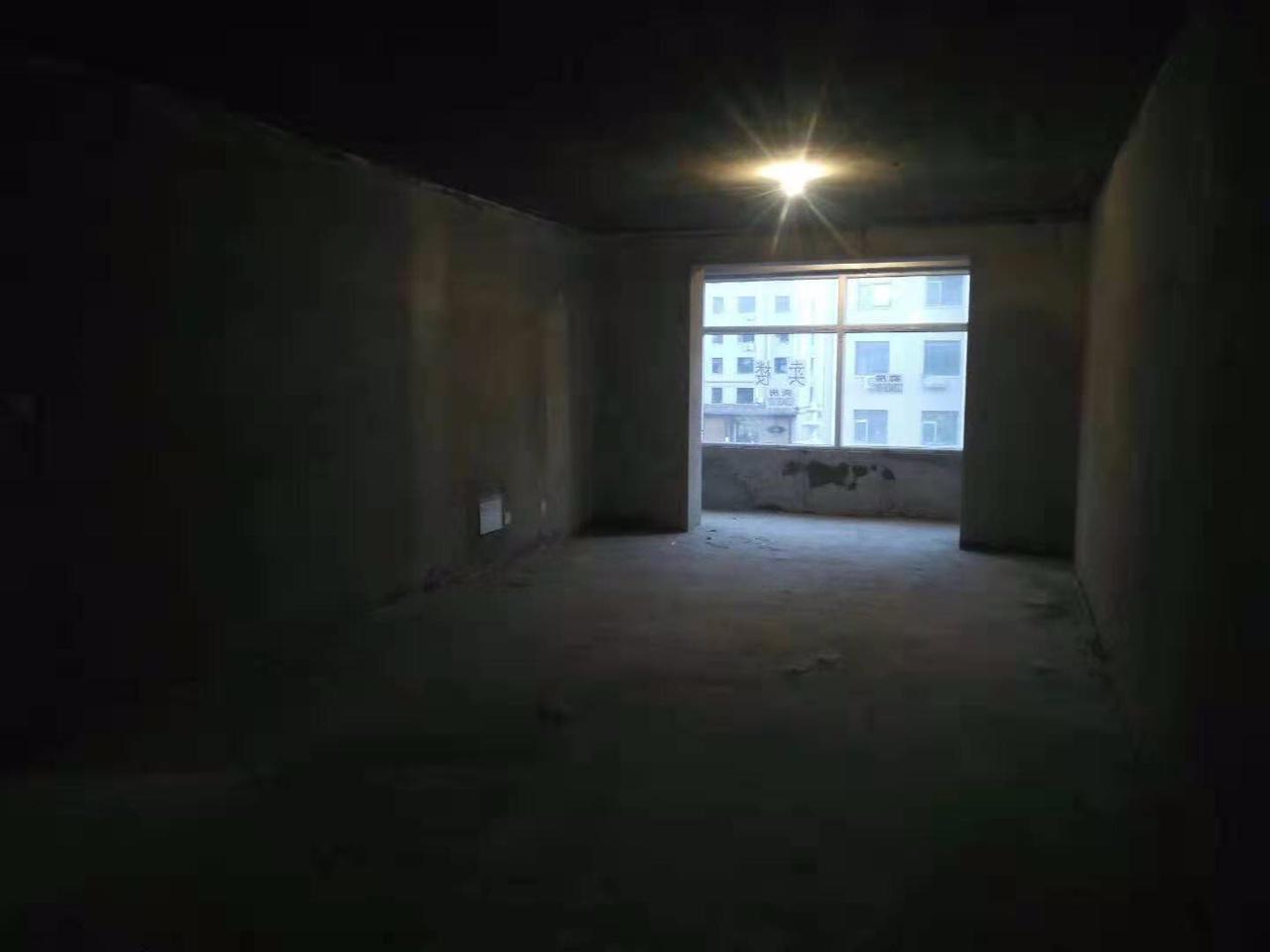 波尔多小镇(泰宁佳苑)3室 2厅 2卫53万元