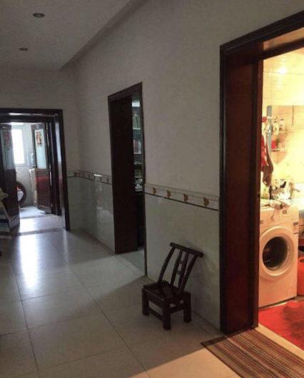 金盆山公寓3室 2厅 2卫55万元