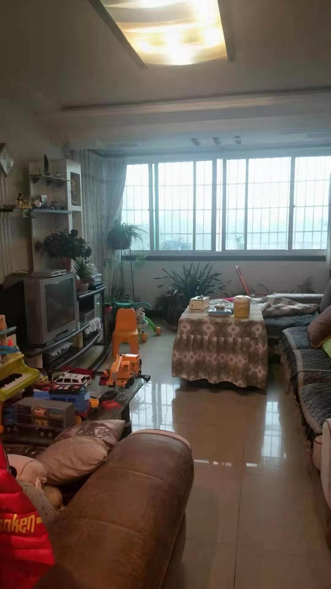 买中医院馨福花园3室 2厅 精装可贷款48.8万元