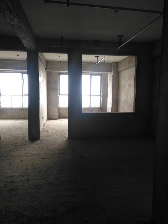 万汇广场3室 1厅 1卫35万元