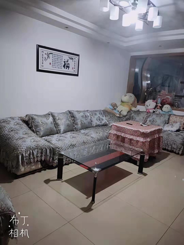 开阳一中盛世新城私房3室 2厅 精装26.8万元
