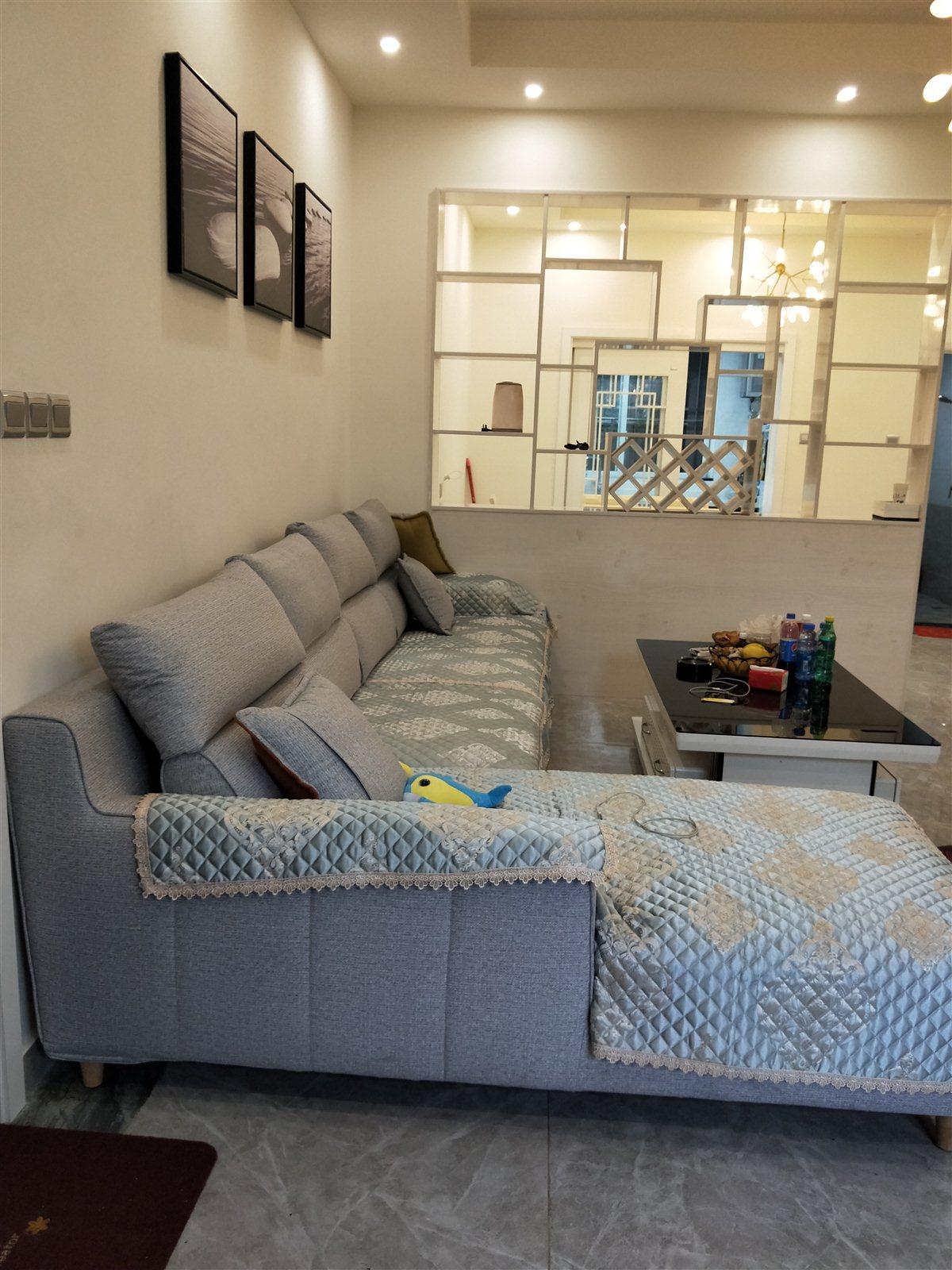 普润公寓3室 2厅 2卫85万元