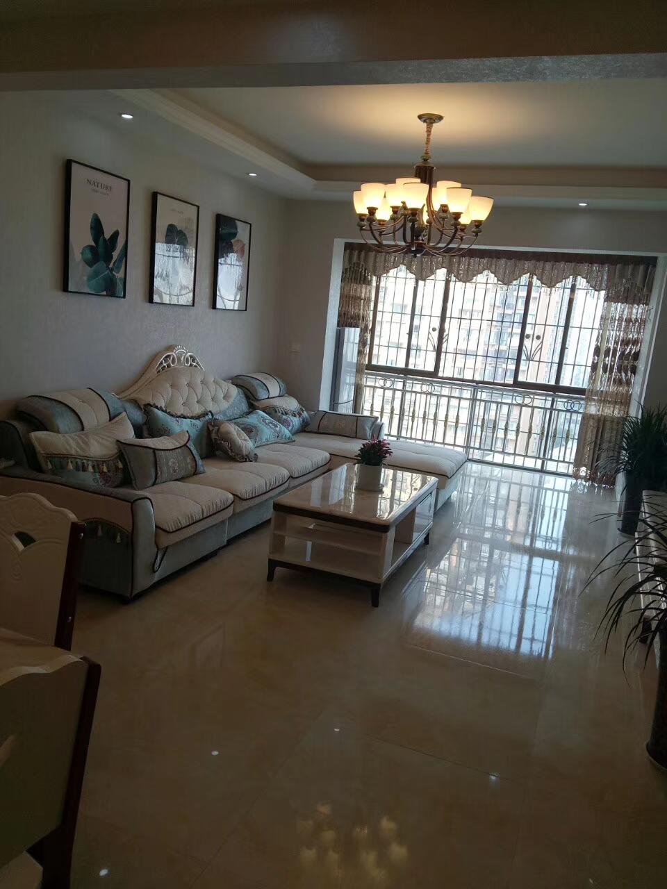 佳和世纪城精装3室 2厅 2卫79.8万元