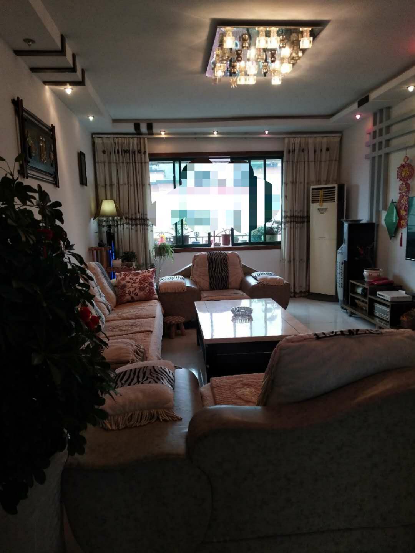 紫江花园5室 2厅 2卫76.8万元