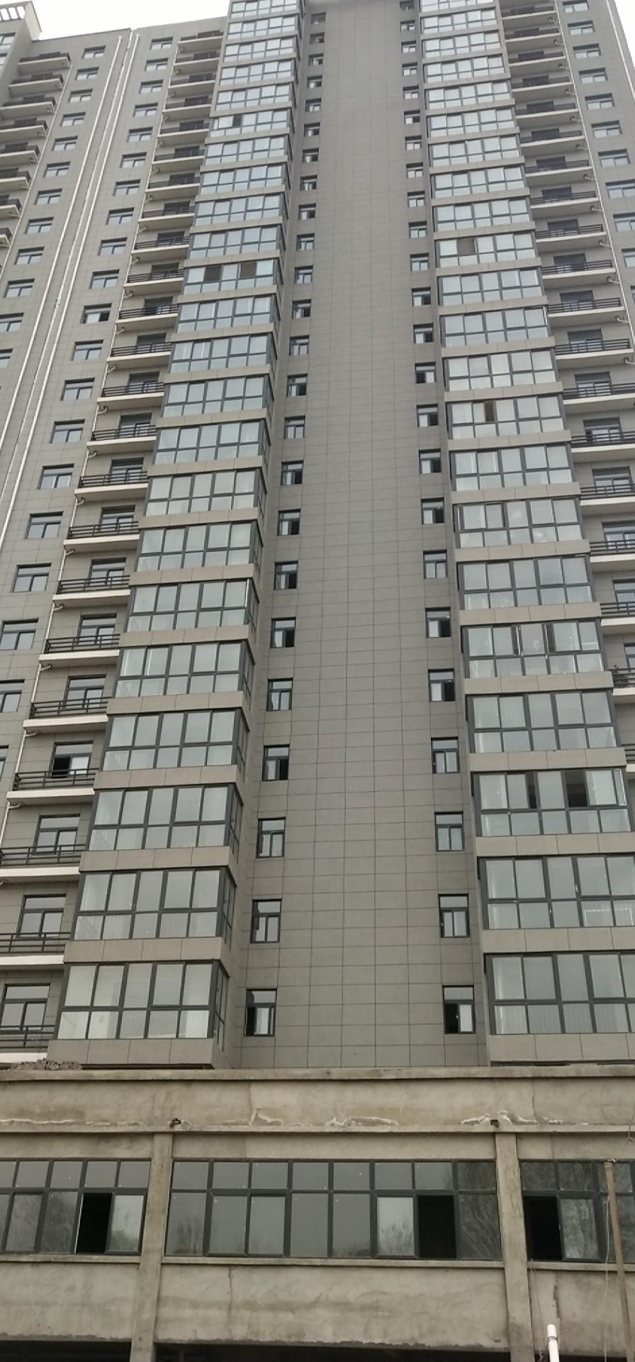 滨海叮溿3室 2厅 2卫64万元