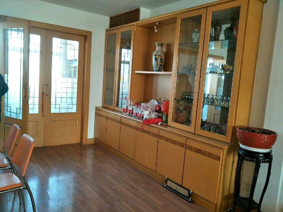 莱托家属院(北区)142平,精装修68.8万元