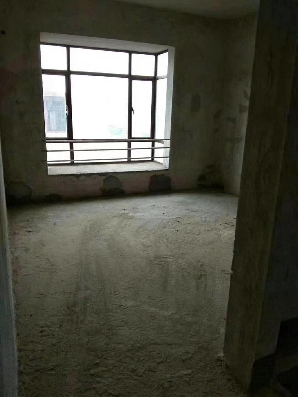 楂林工业园4室 2厅 2卫38万元