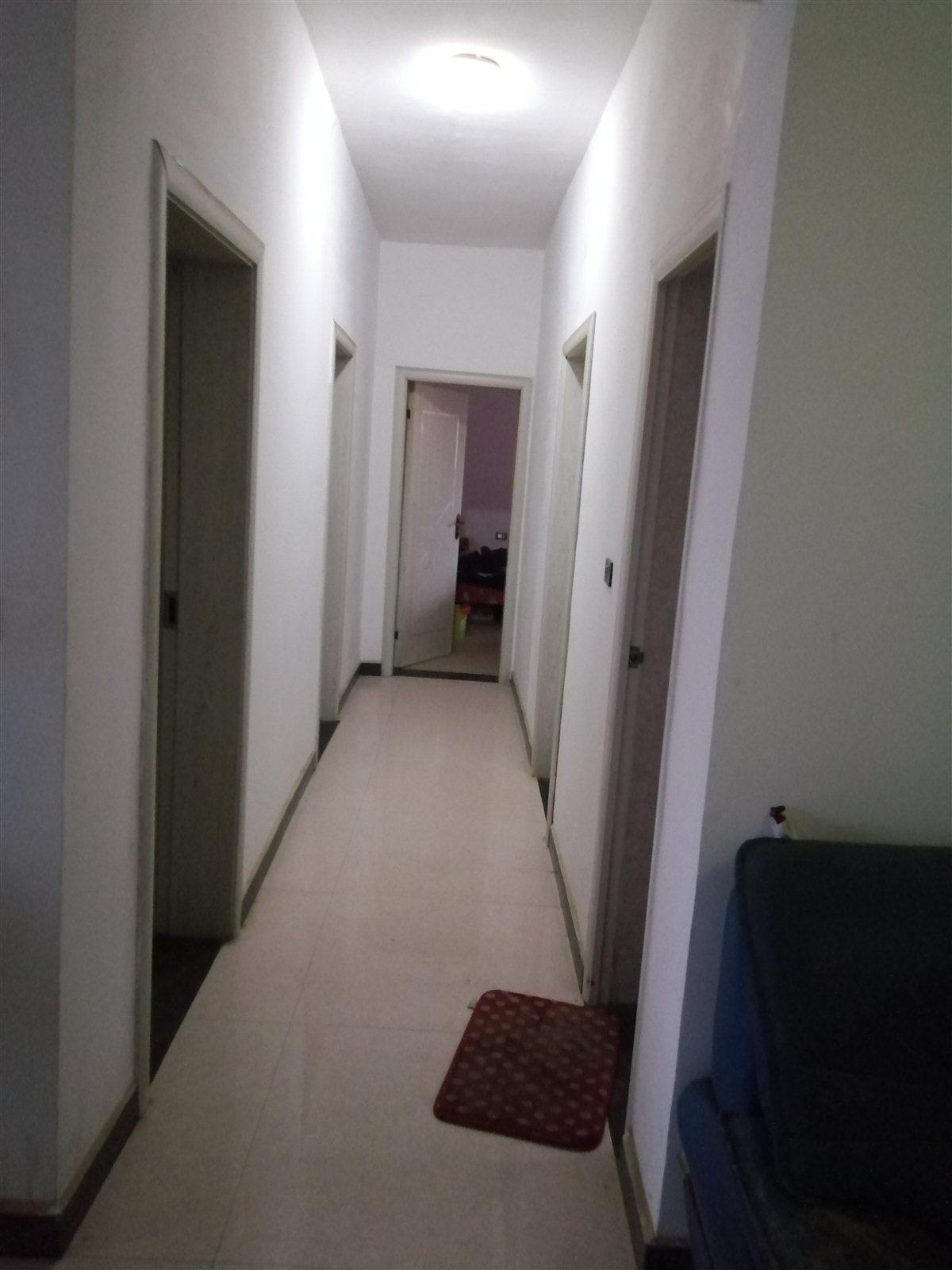 徐家岰电梯4室2厅2卫34.8万元急售