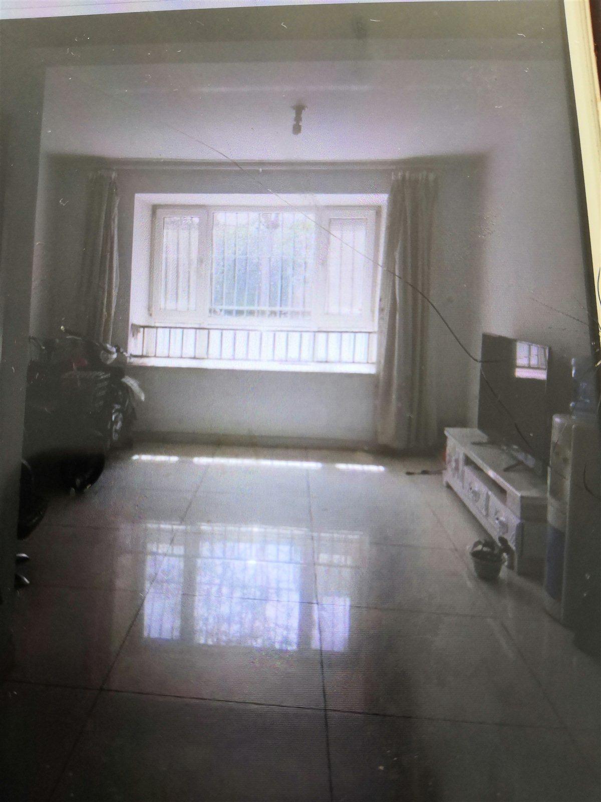 翡翠园小区2室 1厅 1卫68万元