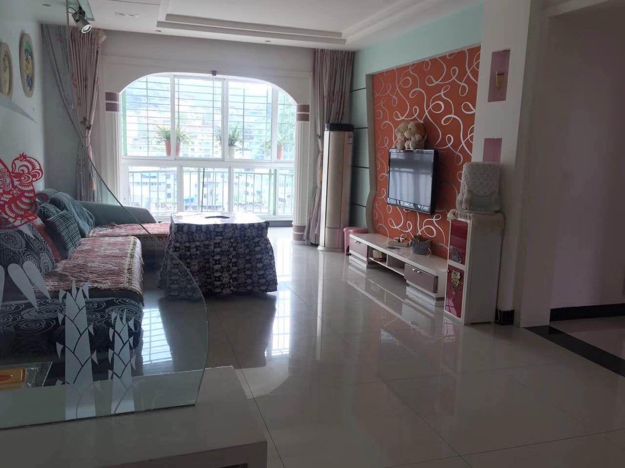 福泉花园3室 2厅 2卫41.8万元