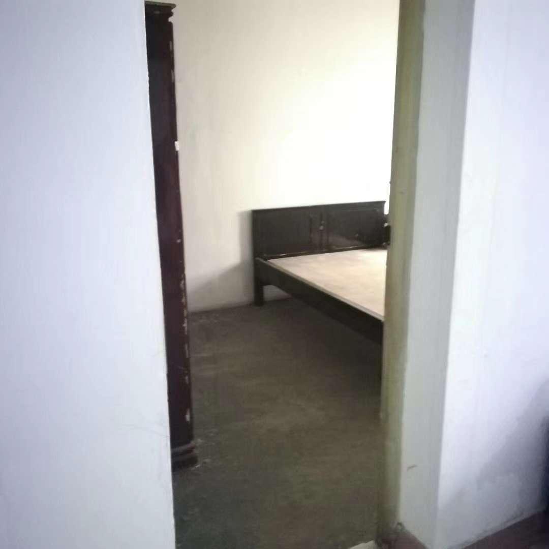 七星公寓3室 1厅 1卫32.8万元
