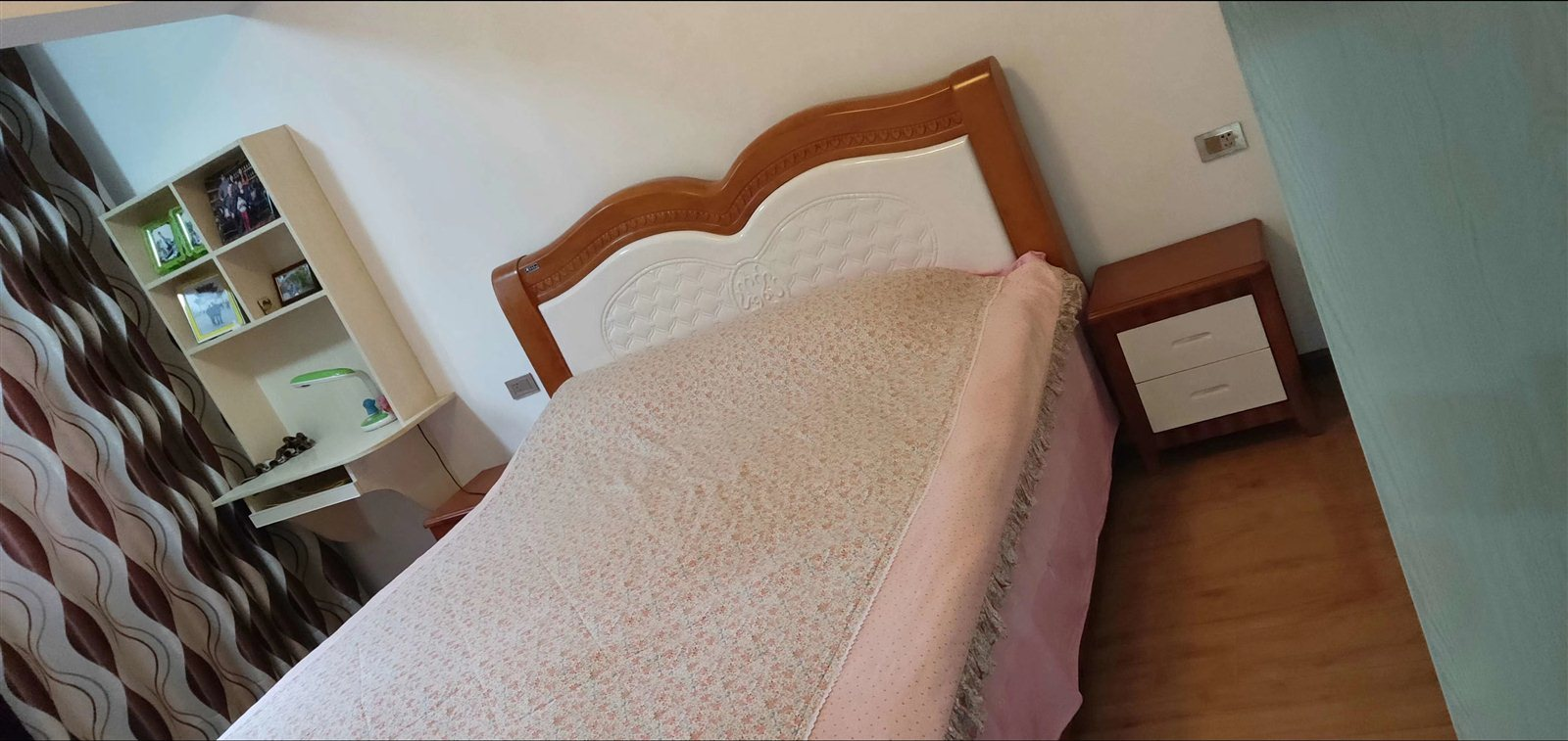 黔龙阳光国际二期精装3室 2厅 2卫79万元