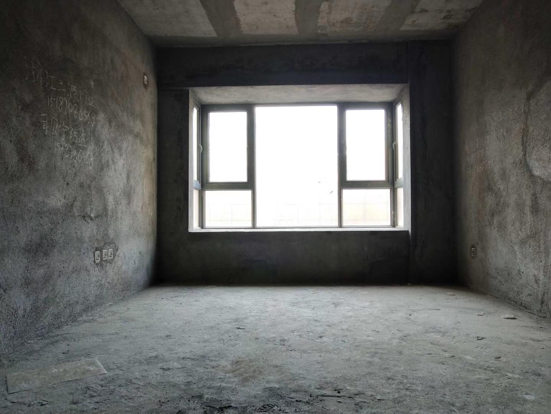 得庭财富广场3室 2厅 1卫55万元