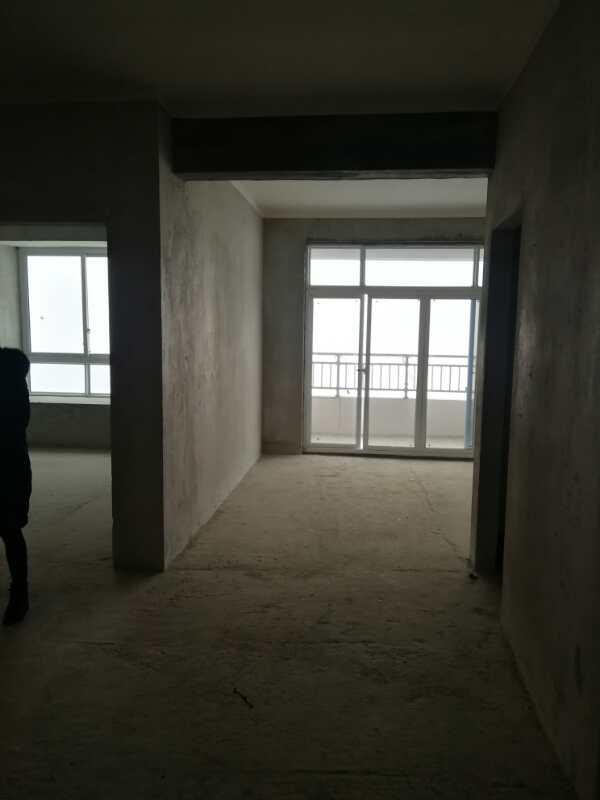 开州首府3室 2厅 1卫39.8万元