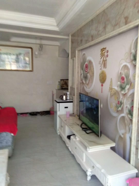 佳居苑一期3室 2厅 2卫44.8万元