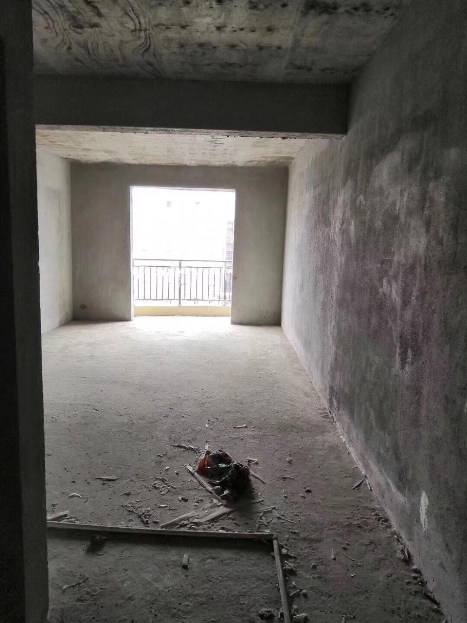 海玉名城3室 2厅 2卫58.8万元