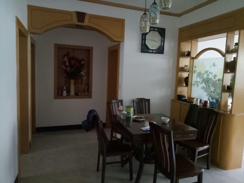 月山路123㎡精裝5樓3室 2廳 2衛149萬元