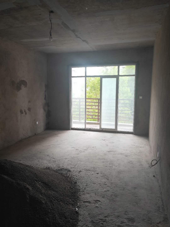 北辰三期3室 2厅 2卫30.6万元