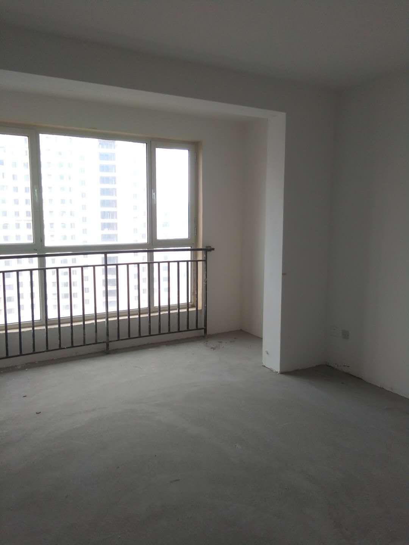 中南世纪城兴安学4室 2厅 1卫143平106万元