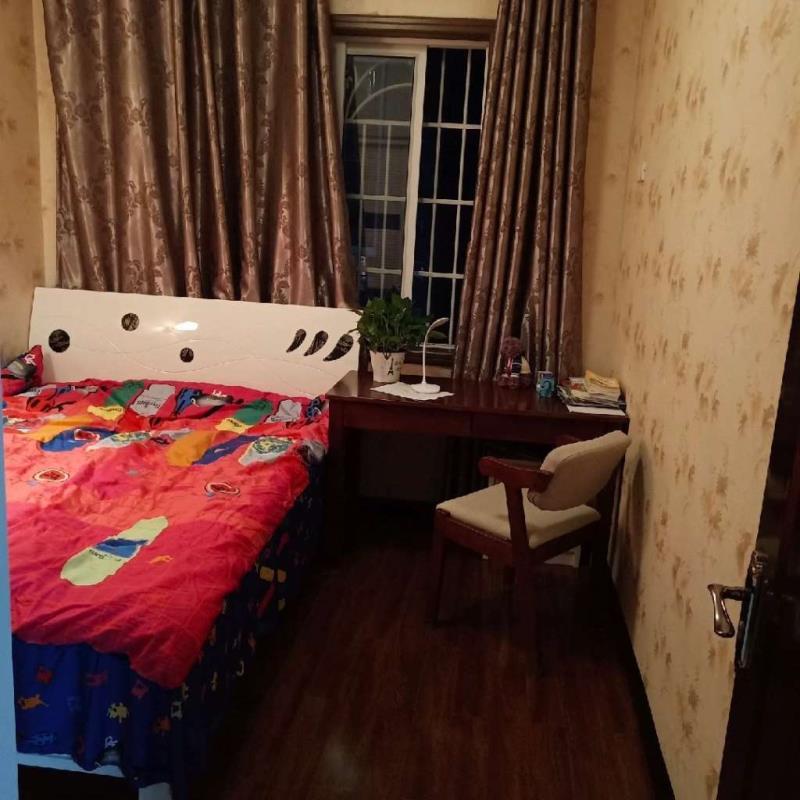 融亿平安小区3室 2厅 2卫93万元