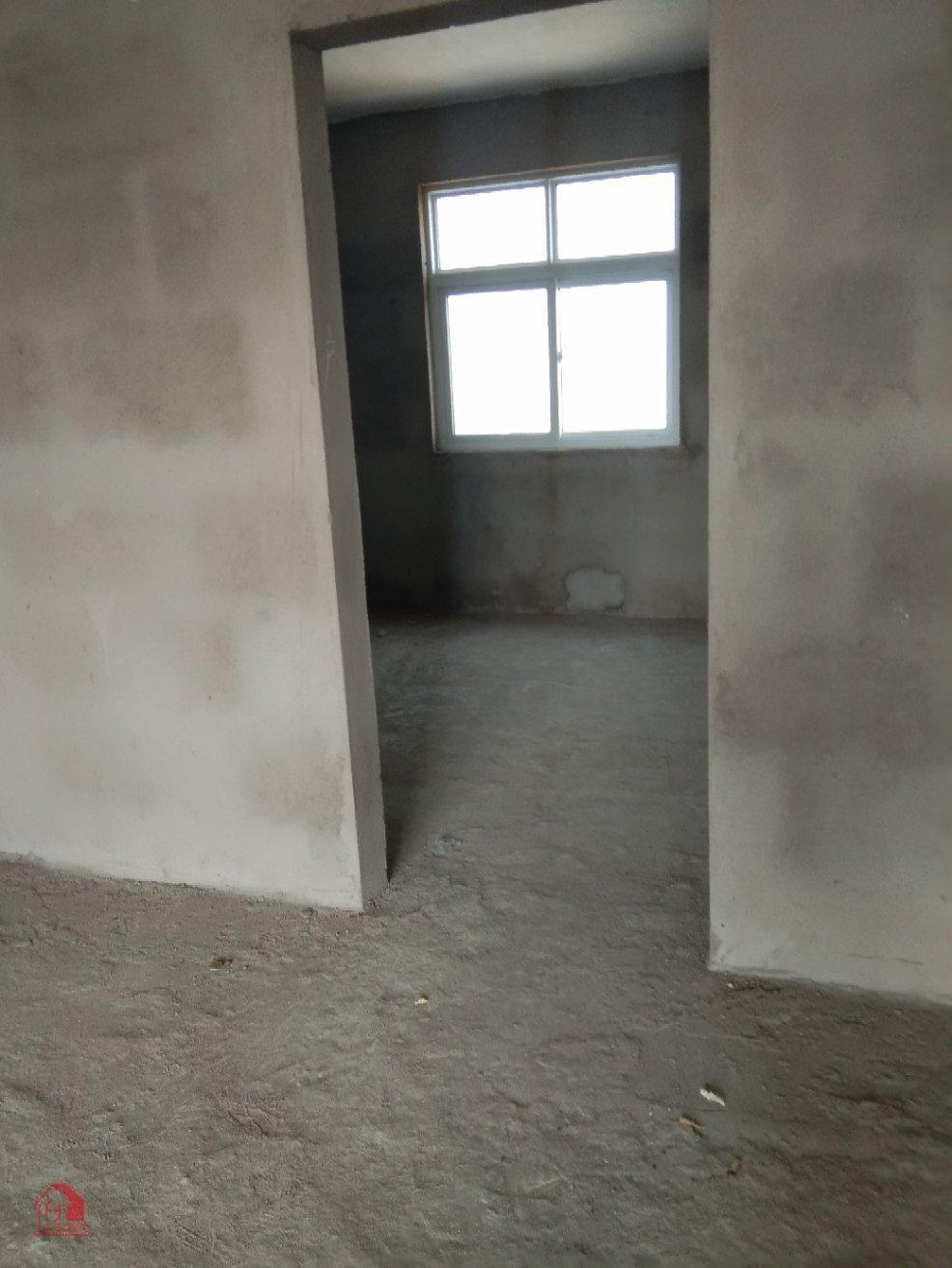 破楼自建房3室 2厅 2卫68万元