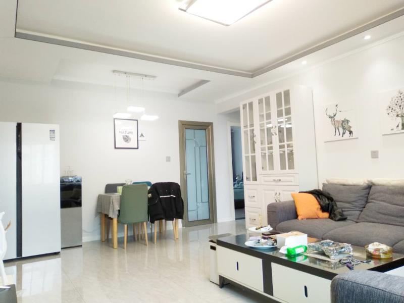华宇,时尚未来,紫薇城市广场精装三室急售3室 2厅 2卫面议