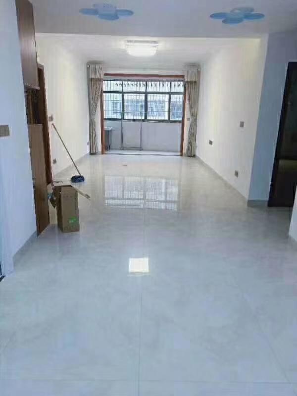 星港湾2室 2厅 1卫69.8万元