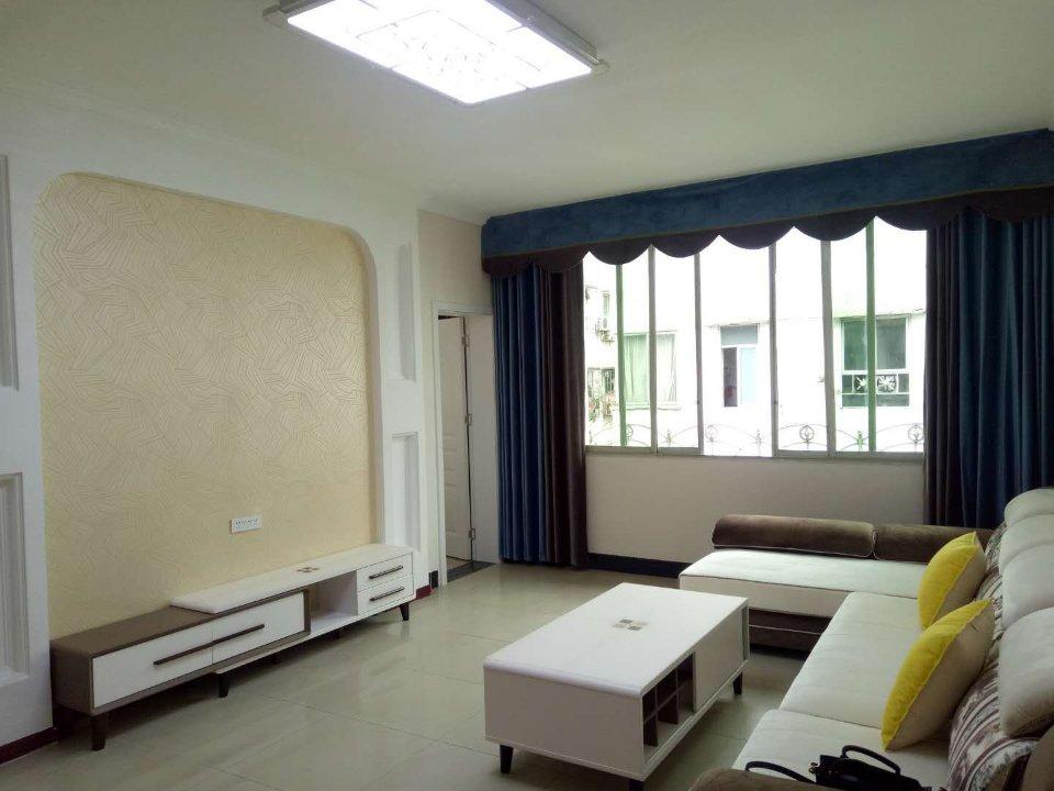 江南小区5室 3厅 2卫32.8万元