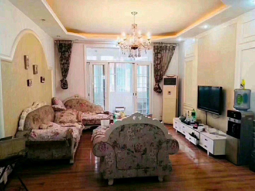 祥和山水苑(阳光路东段28号)3室 2厅 2卫49.8万元
